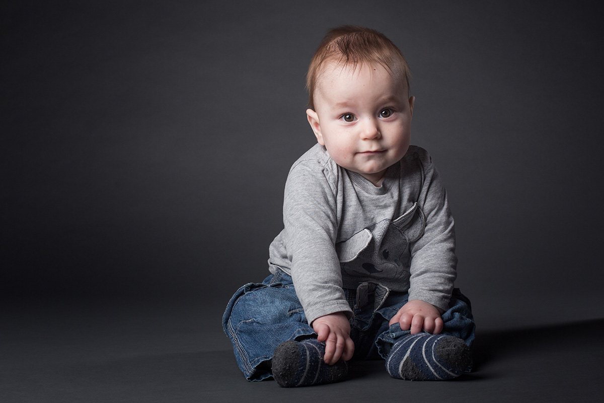 babyfoto aus einem familien fotoshooting