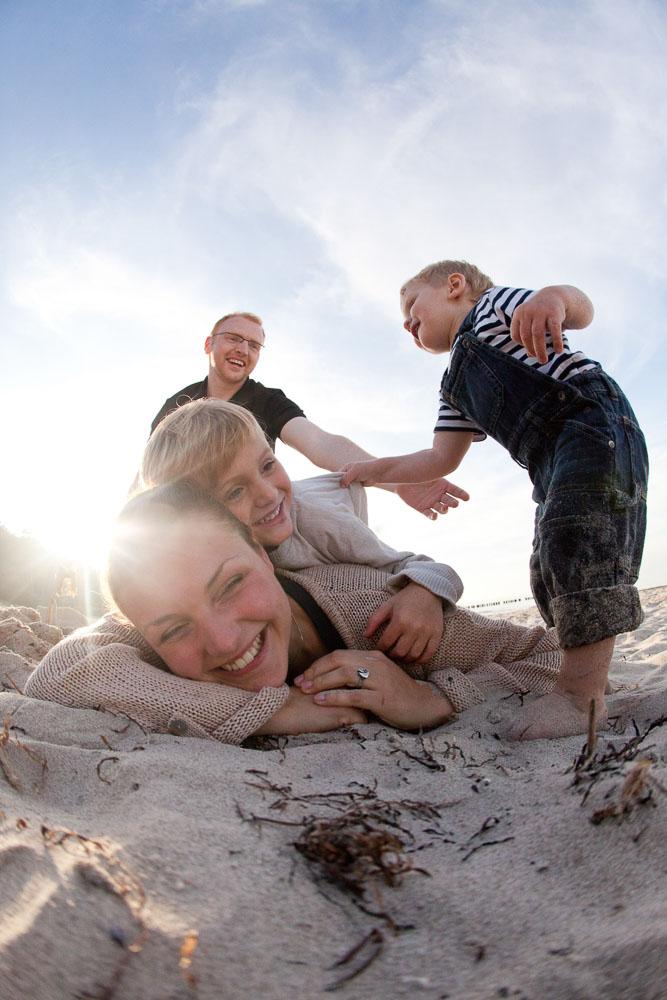 Familien Fotoshooting am Strand von Warnemünde