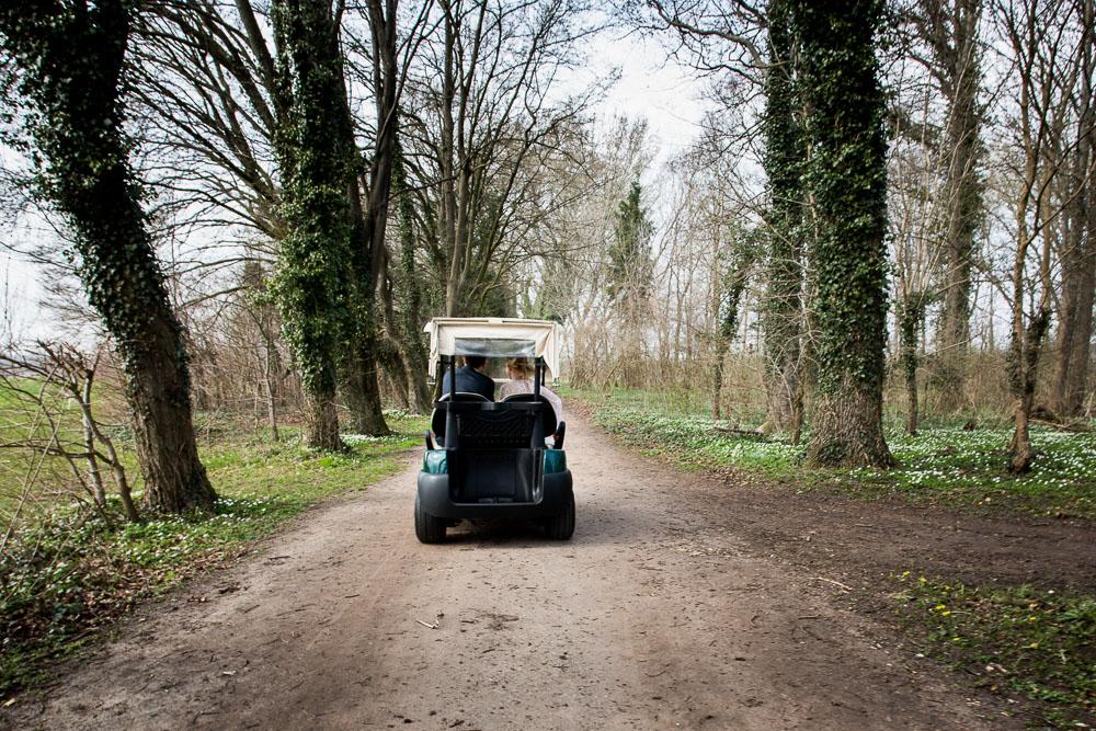 golfcart hochzeitsfoto fotoshooting golfplatz