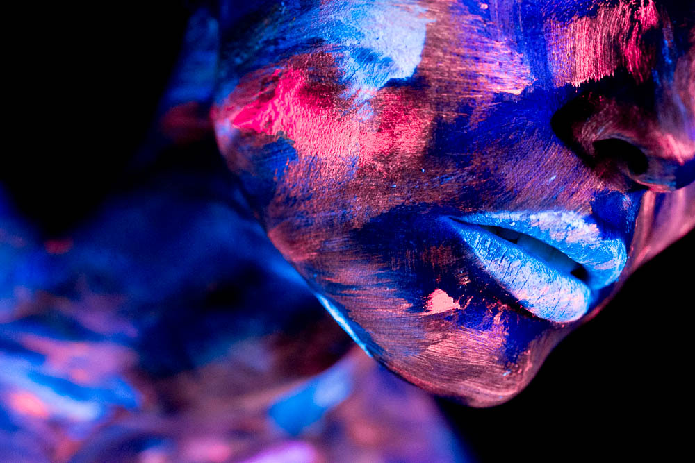 Blacklight Bodypainting Art