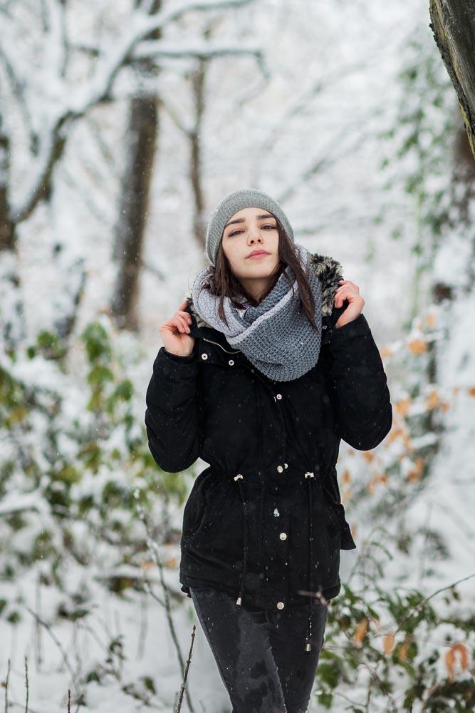portrait winter frau schnee